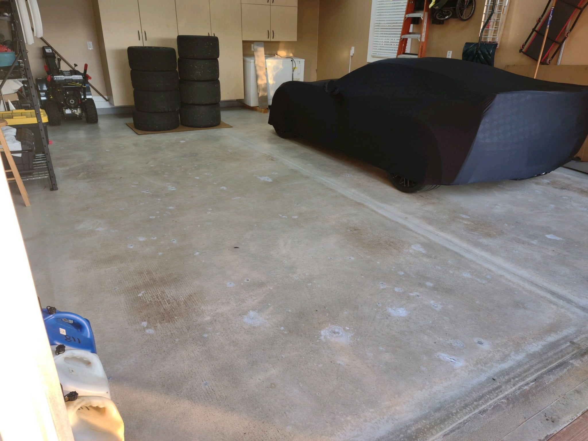 Garage before concrete paint